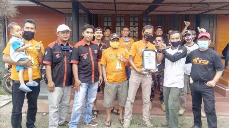 AFP Community Bagikan Sembako untuk Yatim dan Duafa di Katapang