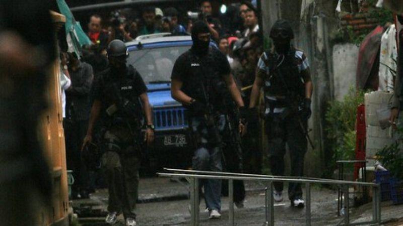 Diduga Terlibat JAD, Warga Tanahdatar Ditangkap Densus 88 di Solo