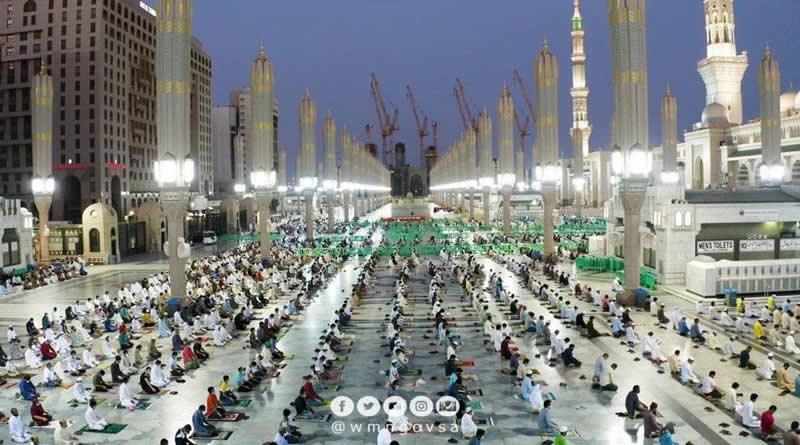 Sebanyak 93.774 Jemaah Salat di Hari Pertama Mesjid Nabawi Dibuka