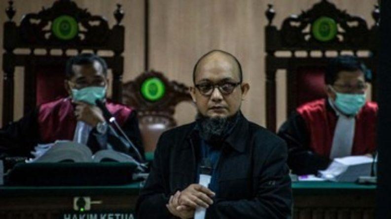Novel Ungkap Keanehan Sidang: Jaksa Tak Beri Surat Dakwaan