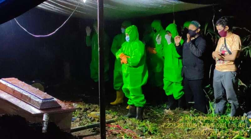 Polisi dan TNI Terlibat dalam Pemakaman Jenazah Positif Corona di Rajapolah Tasikmalaya