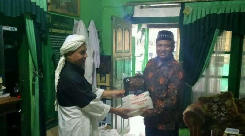Manfaatkan Kunjungan Dapil, Ali Rasyid Kunjungi Pesantren