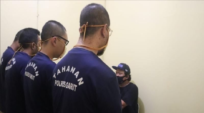 Satnarkoba Polres Garut Ringkus Empat Tersangka Pengedar dan Pengguna Sabu