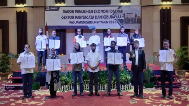 PWI Apresiasi MoU Pemulihan Ekonomi Kepariwisataan di Kabupaten Bandung