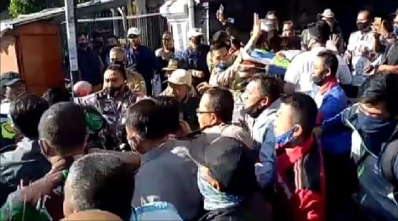 Dihina di Medsos, Ratusan Guru di Garut Geruduk Kantor PGRI, Tuntut Pelaku Diproses Hukum