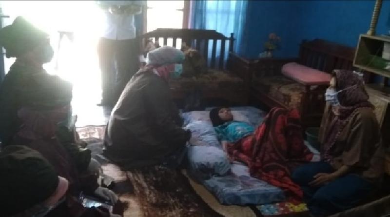 Derita Sakit Akut, Intan Rahmawati Hanya Bisa Terbaring Tanpa Pengobatan