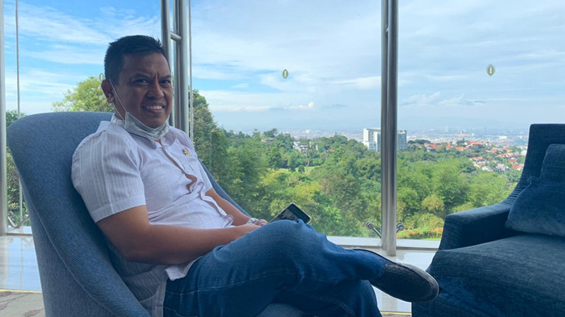 Hanya Beberapa Anggota DPRD Kab. Bandung Saja Aktif Menjawab Via WA Seputaran Bansos