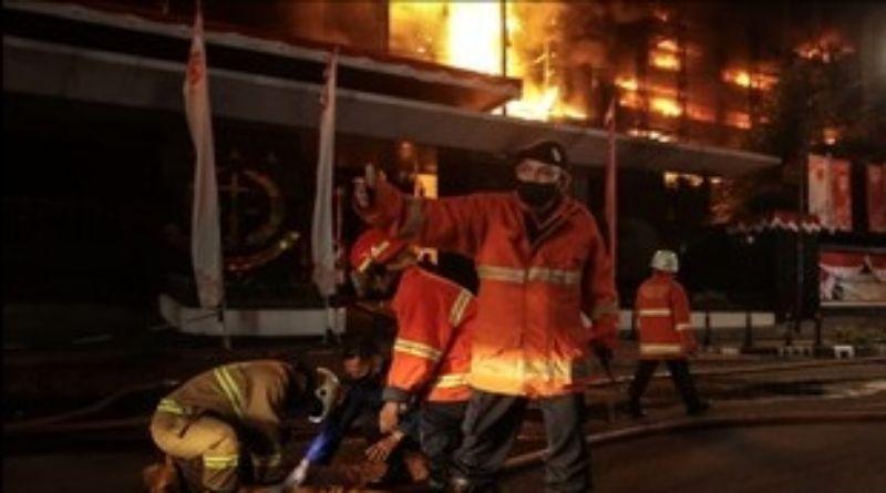 Gedung Kejaksaan Agung Kebakaran, 17 Mobil Pemadam Dikerahkan