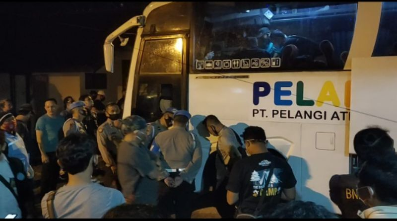 HEBAT: Dibawa Gunakan Bus, BNN Ringkus 3 Orang Pengedar Sabu Seberat 13 Kg di Tasikmalaya