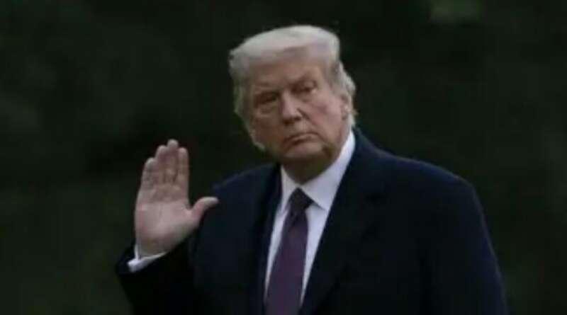 Covid-19, Trump Dilarikan ke Rumah Sakit Pakai Helikopter