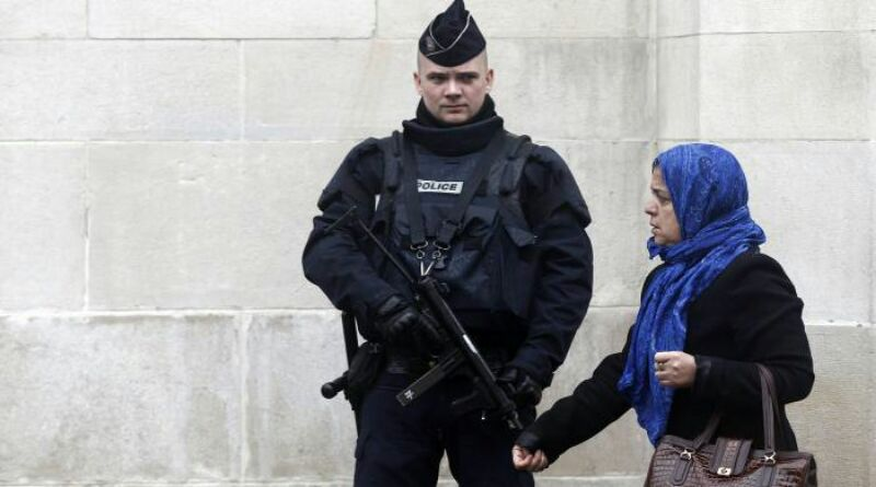 Penusukan Dua Muslimah Prancis Tidak Dicatat sebagai Kejahatan Rasial