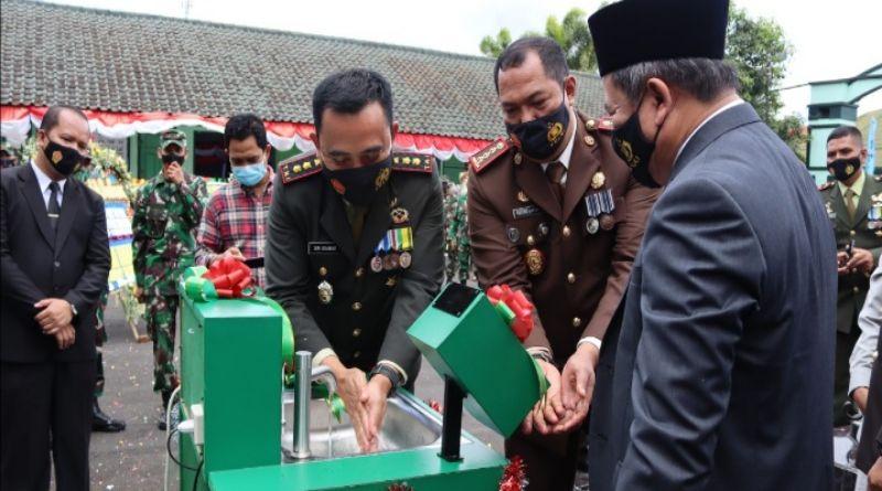 Kado HUT ke- 75 TNI, Kodim 0611 Garut Luncurkan Mesin Cuci Automatic Touchless NN-0611