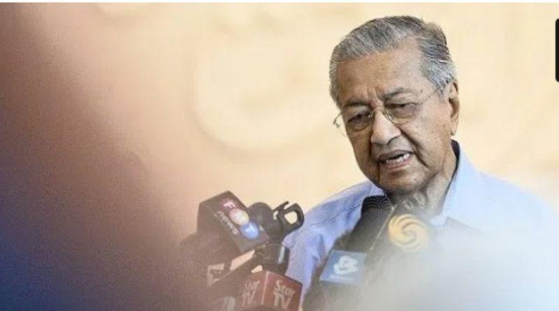 Tuai Kontroversi, Cuitan Mahathir Soal Serangan Teror Prancis Dihapus Twitter