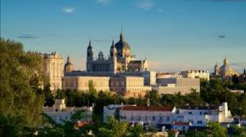 DUNIA ISLAM: Sejarah Indah yang Tersembunyi di Kota Madrid Spanyol
