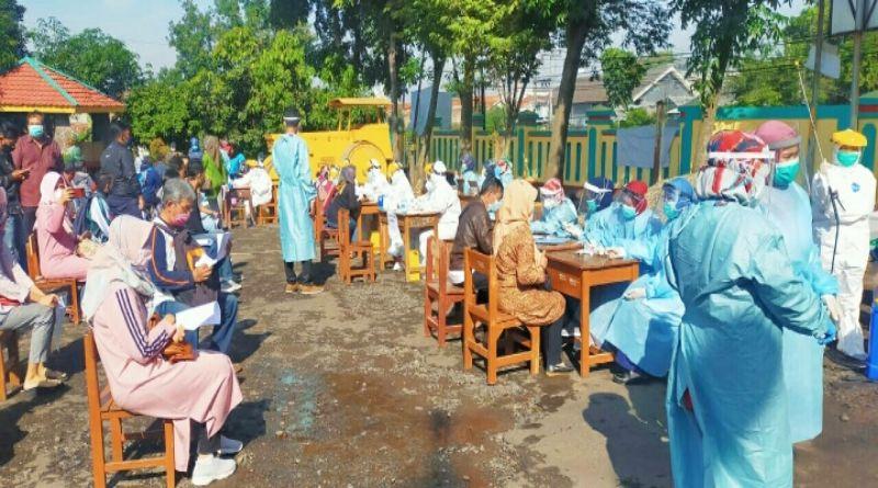 """329 Pengawas TPS di Cileunyi  Jalani """"Rapid Test"""""""