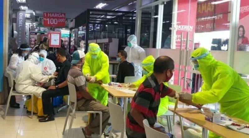 Sasaran Rapid Test Corona Pengunjung Pusat Perbelanjaan di Kudus