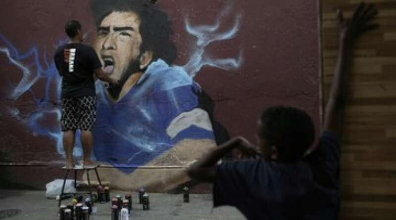 BOLA OUT: Pesepak Bola Wanita Tolak Beri Penghormatan untuk Maradona