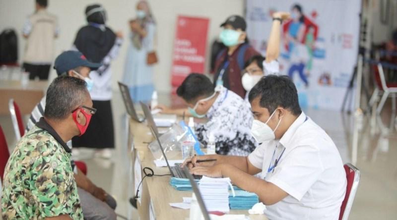 Siapkan PTM, Vaksinasi Guru dan Tenaga Kependidikan di Kota Bandung Dipercepat