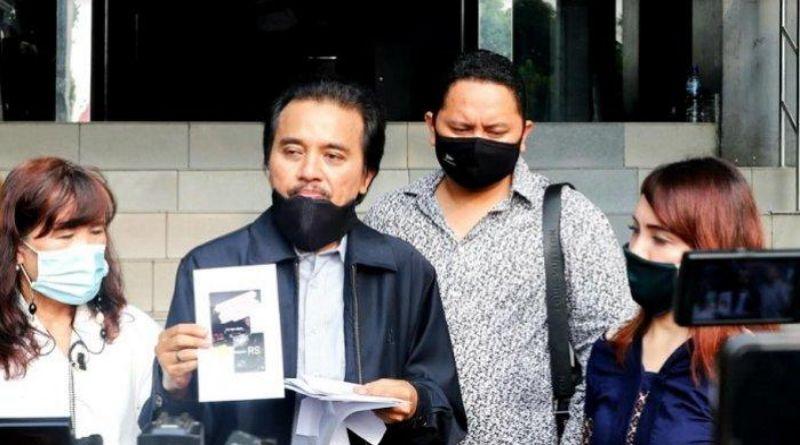 Roy Suryo Laporkan Lucky Alamsyah ke Polisi Atas Tuduhan Pencemaran Nama Baik di Medsos