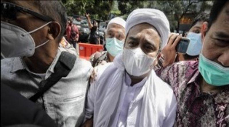 Rizieq Dituntut 6 Tahun Penjara di Kasus Tes Swab RS Ummi
