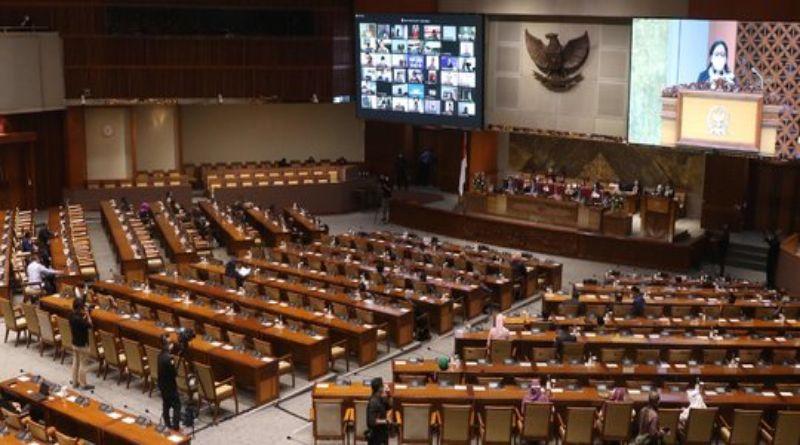 Draf RUU KUHP: Menghina Presiden di Medsos Bisa Dipidana 4,5 Tahun