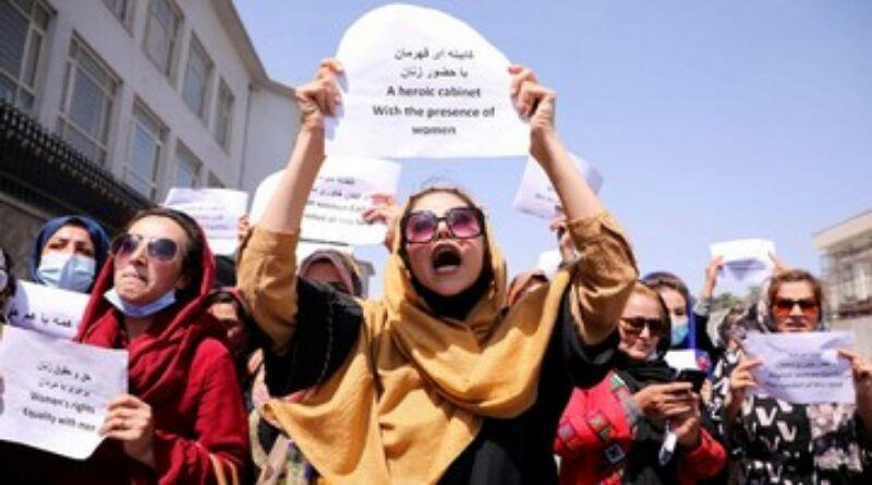 Perempuan Afghanistan Demo di Depan Taliban, Desak Kesetaraan