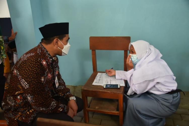 Taj Yasin Ingatkan PTM Aman dari Covid-19 Penting Bagi Interaksi Sosial Siswa