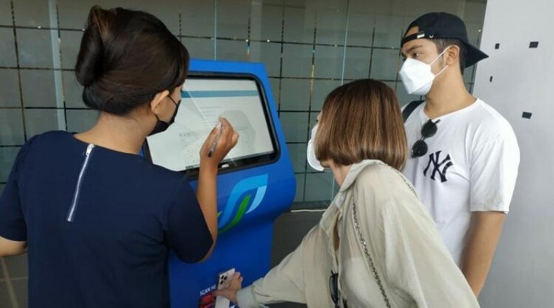 Berlaku Hari Ini Calon Penumpang Bandara Juanda Wajib Menunjukkan Hasil Negatif PCR