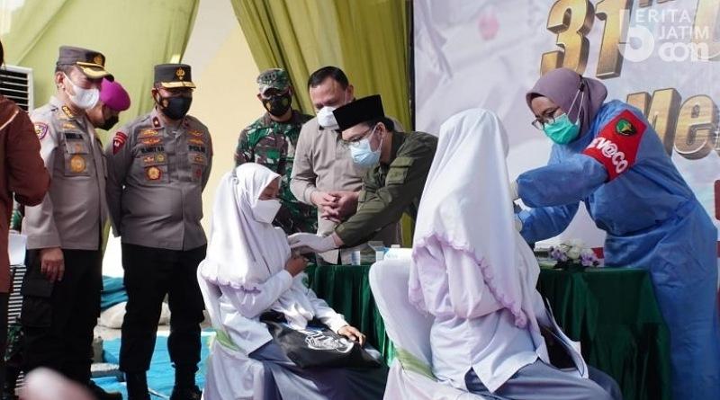 Tinjau Pelaksanaan Vaksinasi, Ketua KPK dan Kapolda Jatim Datang ke Sidoarjo